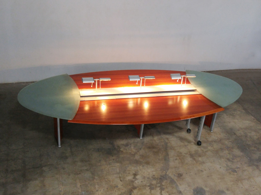 EXECUTIVE CONFERENCE TABLE CUSTOM DESIGN FTIN LONG BY FTIN - Glass top conference room table